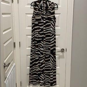 Brown zebra pattern dress. With belt.
